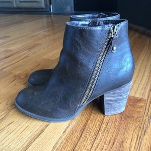 Diba Dark Brown Leather Heeled Boots, size 9
